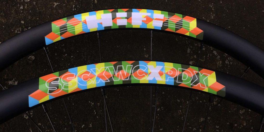 Mix Tape Disc SSCXWCXPDX tubeless-ready alloy clincher