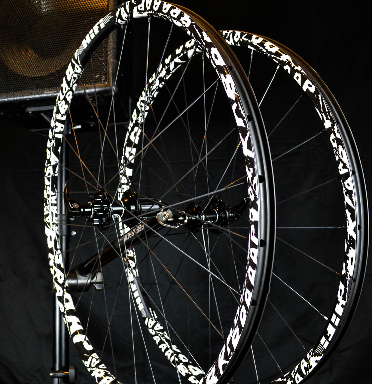 Custom blacksmith carbon clinchers · braaap wrap