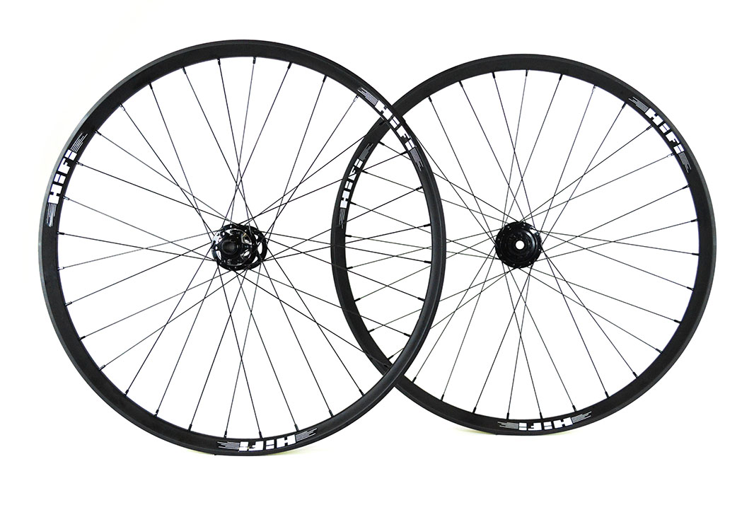 27.5 Hootenanny35 Plus Boost wheels-5529