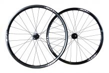 Mix Tape Disc ASYM aluminum tubeless clinchers